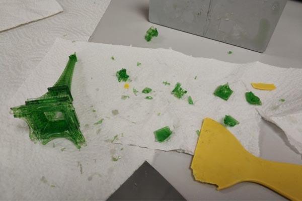 Nova3D Elfin Eiffel Tower 3D print destroyed