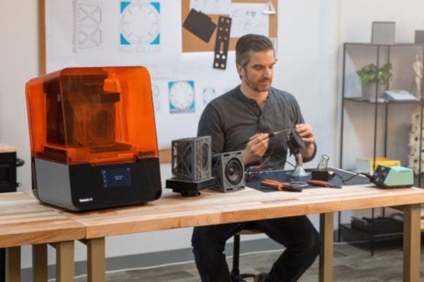 Best Resin 3D Printer for Miniatures 21