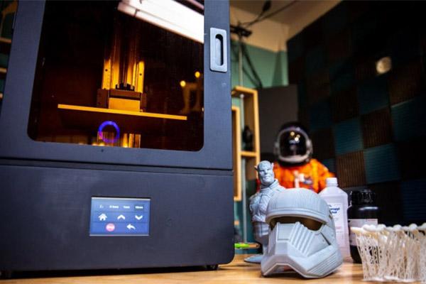 Best Resin 3D Printer for Miniatures 29